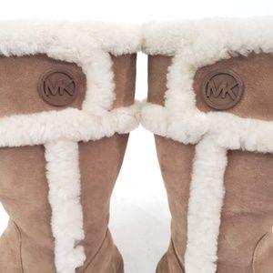 "Michael Kors ""UGG-Like"" suede fur-lined boots Sz 8"